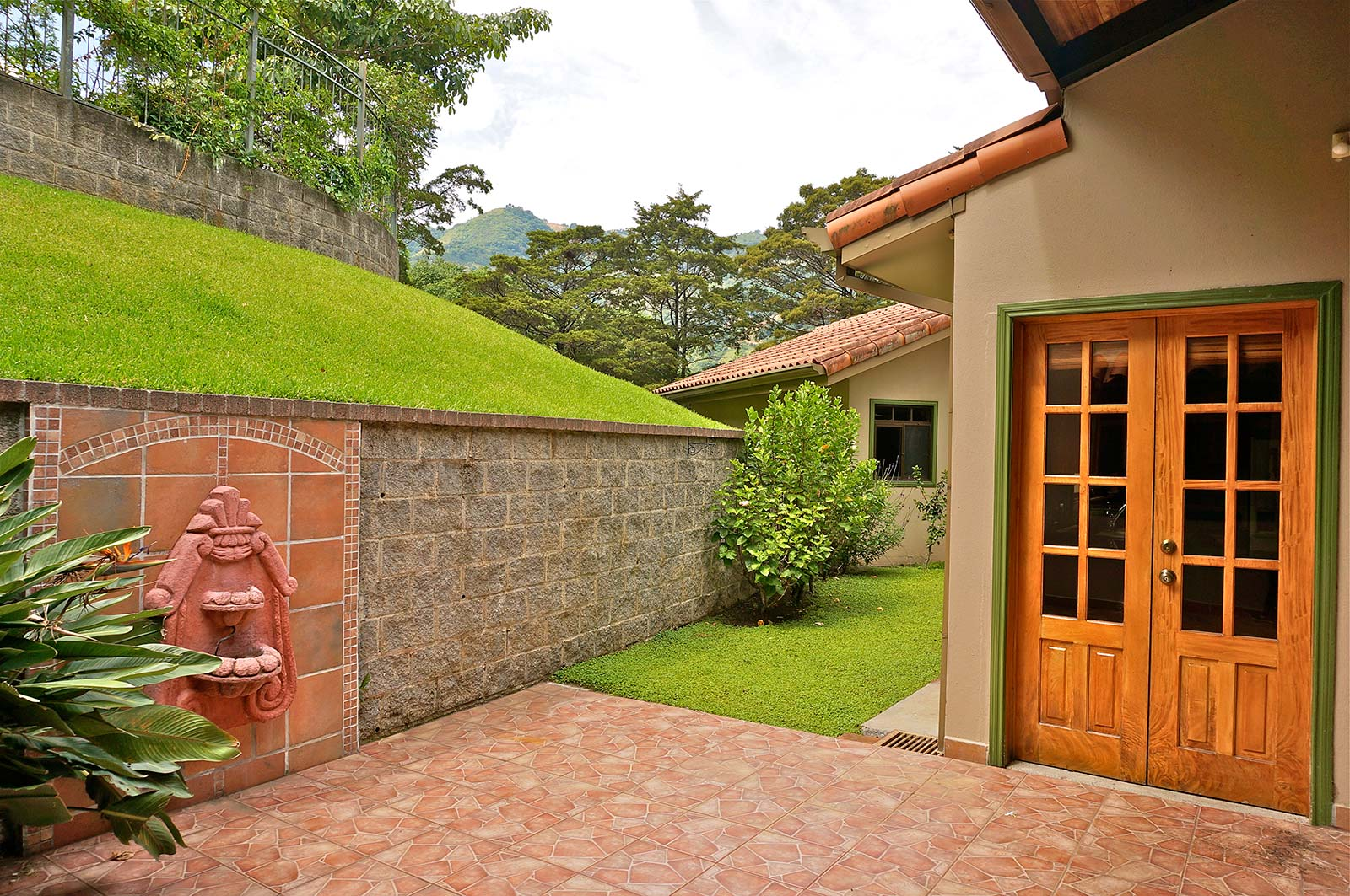 one level santa ana mountain view home for rent id code 3113 santa ana costa rica rental one story home one level