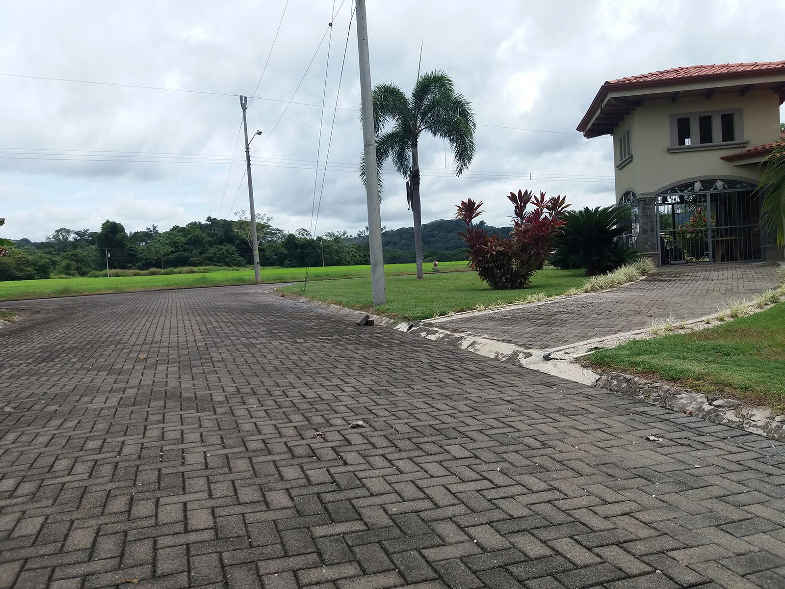 Walking distance from the Beach,Exclusive Gated Community,Sites ready to Build in Costa Rica,Lotes to build in Central Pacific,Cobbled Streets,Investment oportunity in Costa Rica