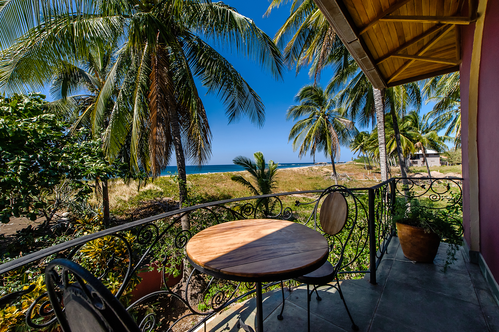 beach, luxury properties, guanacaste real estate, beachfront, close to the beach, house for sale, for sale
