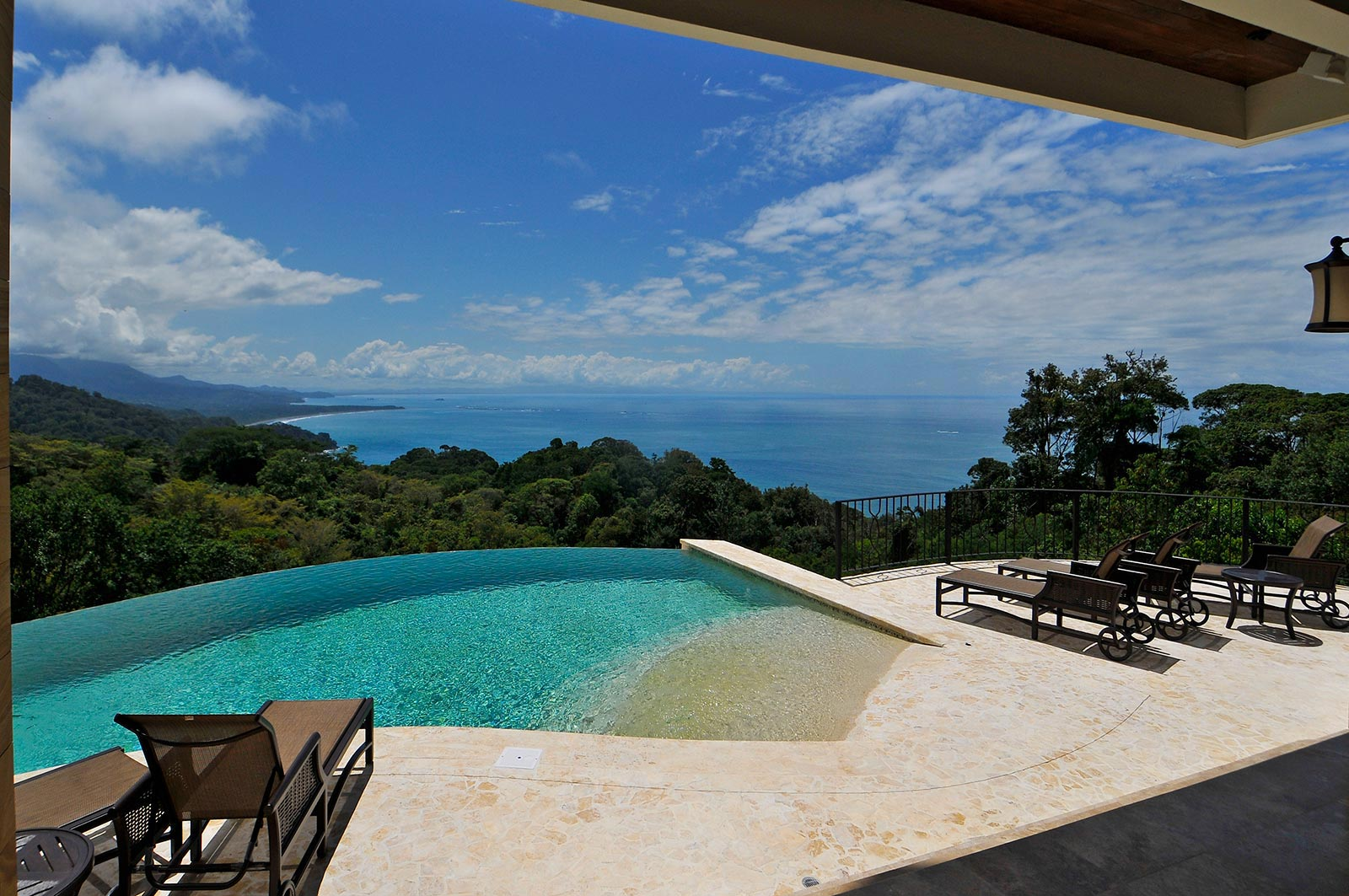 Ocean view residence with pool at dominical id code 1578 for Pool design costa rica