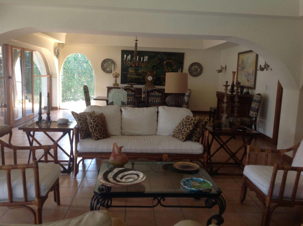 beautiful house for sale in Cariari