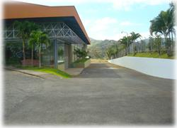 Costa Rica real estate, Costa Rica office rentals, Costa Rica storage rentals, storage space, business building, pacific coast highway, airport