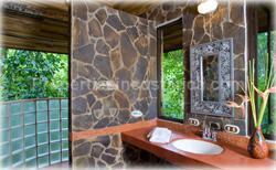 Manuel Antonio Real Estate, Vacations Costa Rica, Costa Rica ocean view villa, for rent, swimming pool, large villa, vacation rentals