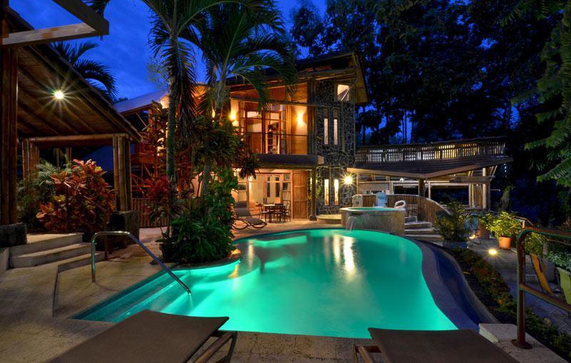 Ocean view rustic modern luxury property id code 2619 for Luxury villa costa rica