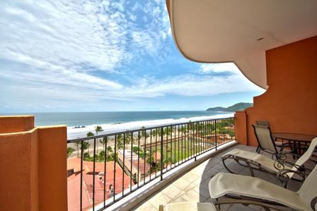 oceanview, penthouse, vista mar, jaco real estate, terrace, pool, casino and restaurant access