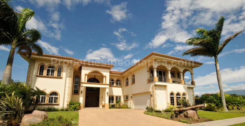 Golf Community Luxury Home For Sale Id Code 2107