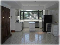 Escazu Costa Rica, Escazu condos for rent, gated community, swimming pool, tennis court, Escazu rentals