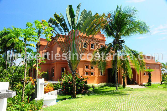 4 bedroom home for rent in manuel antonio id code 2105 for Vacation homes for rent in costa rica