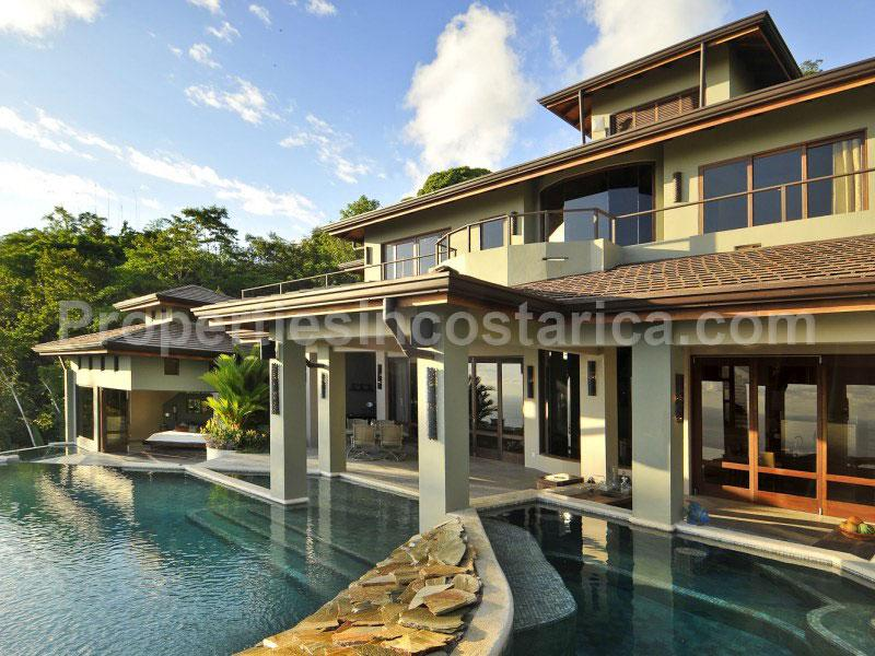 Oceanview palace for sale in dominical id code 1683 for Mansions in costa rica