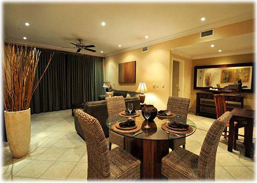 condo, 3 beds, close to everything, neart to the beach, beach, swimming pool